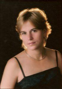 Emma Witt 00